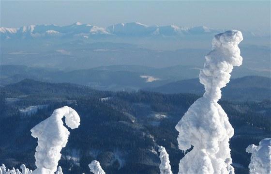 Zimní dovolená v Beskydech - výhledy na celé Beskydy. A když budete mít štěstí,