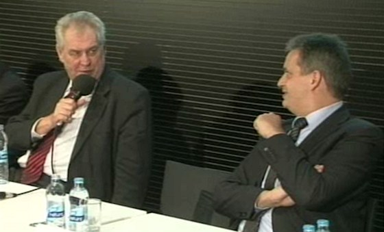 Miloš Zeman a Jiří Dienstbier v prezidentské debatě