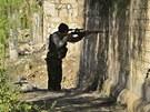 Odstřelovač Syrské osvobozenecké armády v provincii Idlíb (1. ledna 2013)