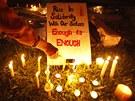 Indie truchlí za mladou studentku, která podlehla následkům hromadného