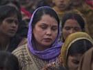 Indie truchl� za mladou studentku, kter� podlehla n�sledk�m hromadn�ho