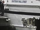 Nam místo nehody dorazil i starosta New Yorku Michael Bloomberg.