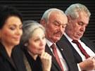 Jana Bobošíková, Táňa Fischerová, Přemysl Sobotka a Miloš Zeman při debatě