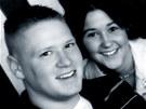 Ty Ziegel se svou partnerkou Renee. Oženil se sní až po návratu z Iráku a sérii