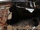 V Berouně se zřítila zeď vybydleného zámečku.
