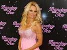 Pamela Andersonová byla původně favoritkou soutěže v Británii.
