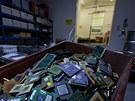 Odpad s příměsí drahých kovů má mnoho podob. I nenápadně vypadající tištěné...