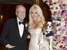 Hugh Hefner a Crystal Harrisová se vzali (31. prosince 2012).