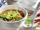 Čínská polévka s nudlemi