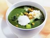 Brokolicovo špenátová polévka s krutony a sýrem