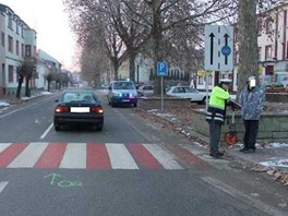 Mladý řidič srazil v Kyjově ženu. Policisté zjistili, že měl špatně oškrábané