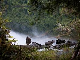 Nikde ani živáčka. Ticho občas proříznou jen tajemné zvuky divočiny.
