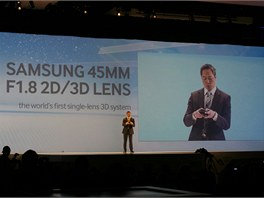 Kuznik Jan: Prvn� 3D objektiv pro fotoapar�ty �ady NX.