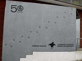 Stopy tetřívka obecného na hlavní budovy KRNAP ve Vrchlabí.