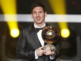 Argentinský útočník Lionel Messi vyhrál Zlatý míč. Jako prvnímu v historii se