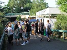 Překvapením mezi vybranými projekty je i malá karlovarská prodejní galerie