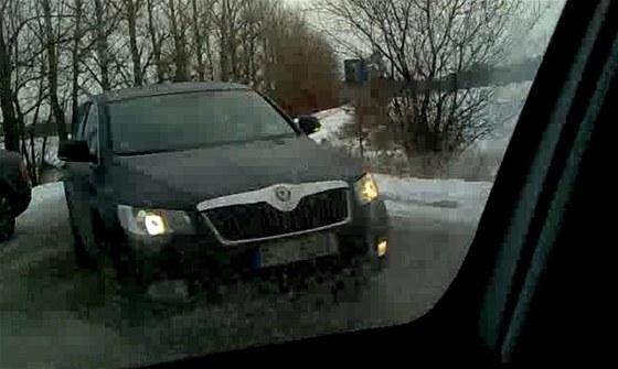 Faceliftovaná Škoda Superb s maskováním. Spodní linka světel bude i nadále