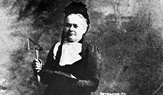 Byla výtečnou řečnicí, ovládala marketing, na konci života se věnovala chiropraktice.
