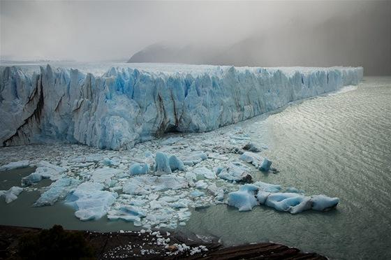 Ledovec Perito Moreno. Jestli někde příroda ukazuje svoji sílu, tak je to tady.
