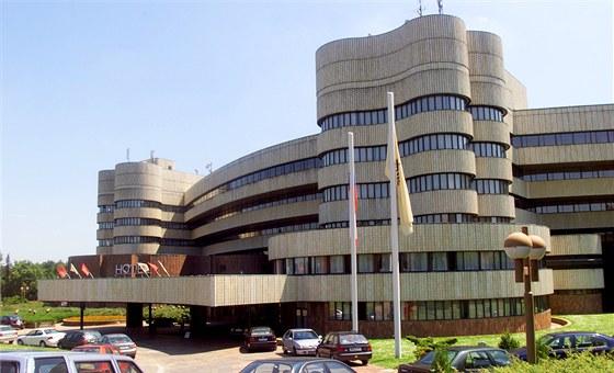 Hotel Praha v diplomatick� a reziden�n� pra�sk� �tvrti Hanspaulka
