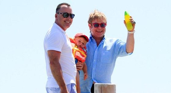 David Furnish, Elton John a jejich syn Zachary
