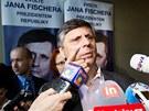 Jan Fischer ve sv�m volebn�m �t�bu v pra�sk� v restauraci Avion 58. (12. ledna