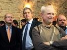Bohuslav Sobotka, Jiří Dienstbier a Vladimír Špidla sledují první výsledky