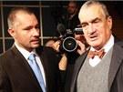 Debatu Miloše Zemana a Karla Schwarzenberga na Radiožurnálu moderoval Martin