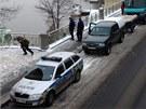 Policejní potápěči vylovili z Vltavy nedaleko pražského Mánesova mostu dvě
