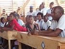 Děti se dočkaly i otevření školy Mixte Roi Salomon.