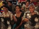 Obyvatelé Havany se modlí za uzdravení Huga Cháveze. Na mši si přinesli i