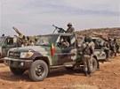 Proti islamist�m zasahuje i malisk� arm�da. Na sn�mku jej� zvl�tn� jednotka