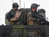 Francouzští vojáci postupují na svever Mali (16. ledna 2013)