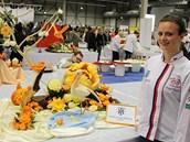 Eli�ka Vostalová a její olympijský výtvor. Pro t�ebí�skou �kolu za n�j získala
