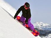 Snowboardistů je na sjezdovkách i ve volném terénu vidět čím dál méně.