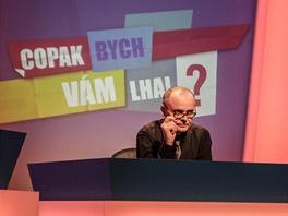 Igor Bareš coby moderátor pořadu Copak bych vám lhal?