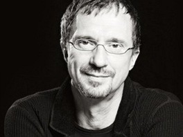 Petr Luke�