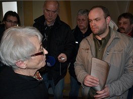 Romana Smetanu přišla k olomouckému okresnímu soudu podpořit i Zdena Mašínová.