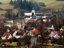 Pohled na Malenice, které leží asi patnáct kilometrů jižně od Strakonic.