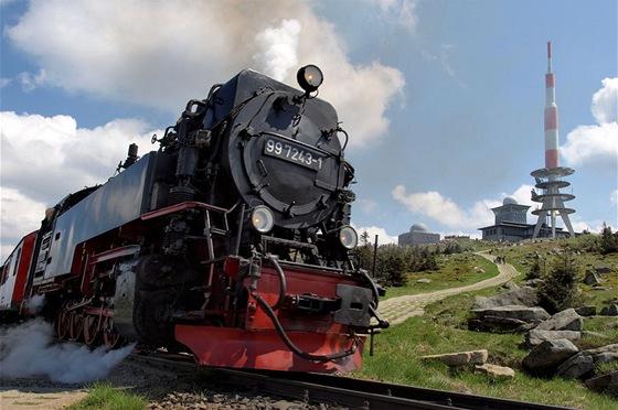 Parní lokomotiva pod Brockenem