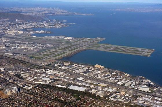 Letiště San Francisco International (SFO) – vzletové a přistávací dráhy
