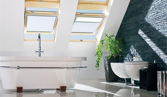V podkroví se uplatní okenní vícekomorové PVC profily v dekorech. Lze vybavit