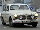 Volvo Amazon jede veteránskou rally Winter Trial.