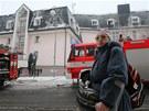 P�i po��ru domu s pe�ovatelskou slu�bou v P��bo�e na Novoji��nsku zahynuli dva...
