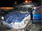 Namol opilý šofér havaroval mezi Kláštercem a Bludovem s renaultem. Nic se mu