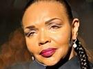 Valerie Campbellová se na Mercedes-Benz Fashion Weeku v Berlíně předvedla coby
