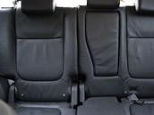 Mitsubishi Outlander - druhá (prostřední) řada sedadel