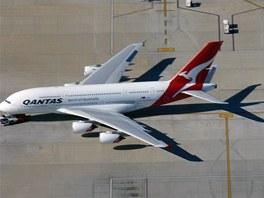 Největší dopravní letadlo světa - Airbus A 380 v barvách australské společnosti