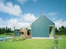 Dům navrhla dvojice mladých energických tvůrců z místního studia Lassila