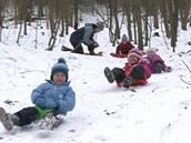 Děti si na pobyt venku rychle zvyknou.